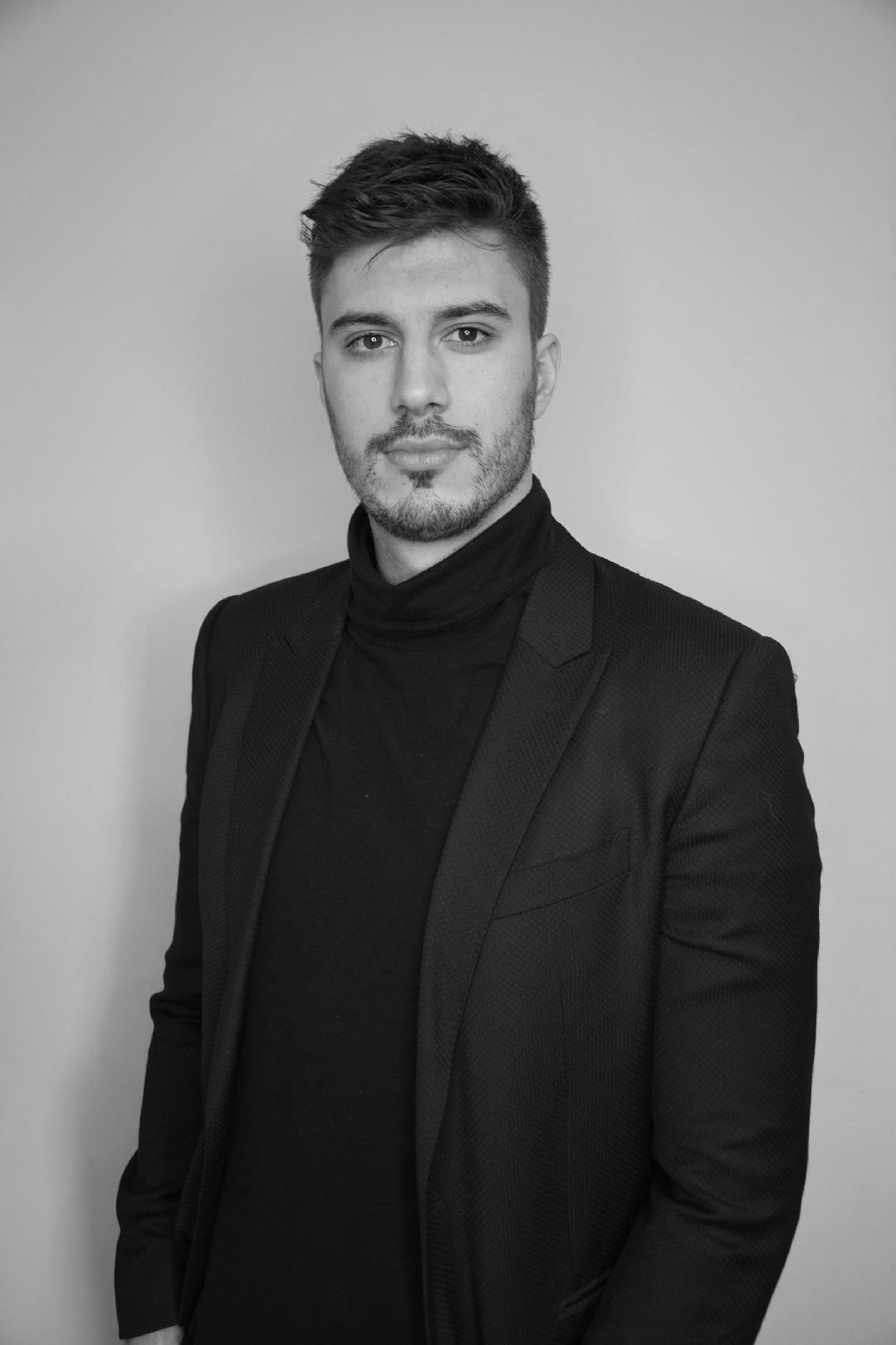 Dusan Savic - Professional Photo - BW